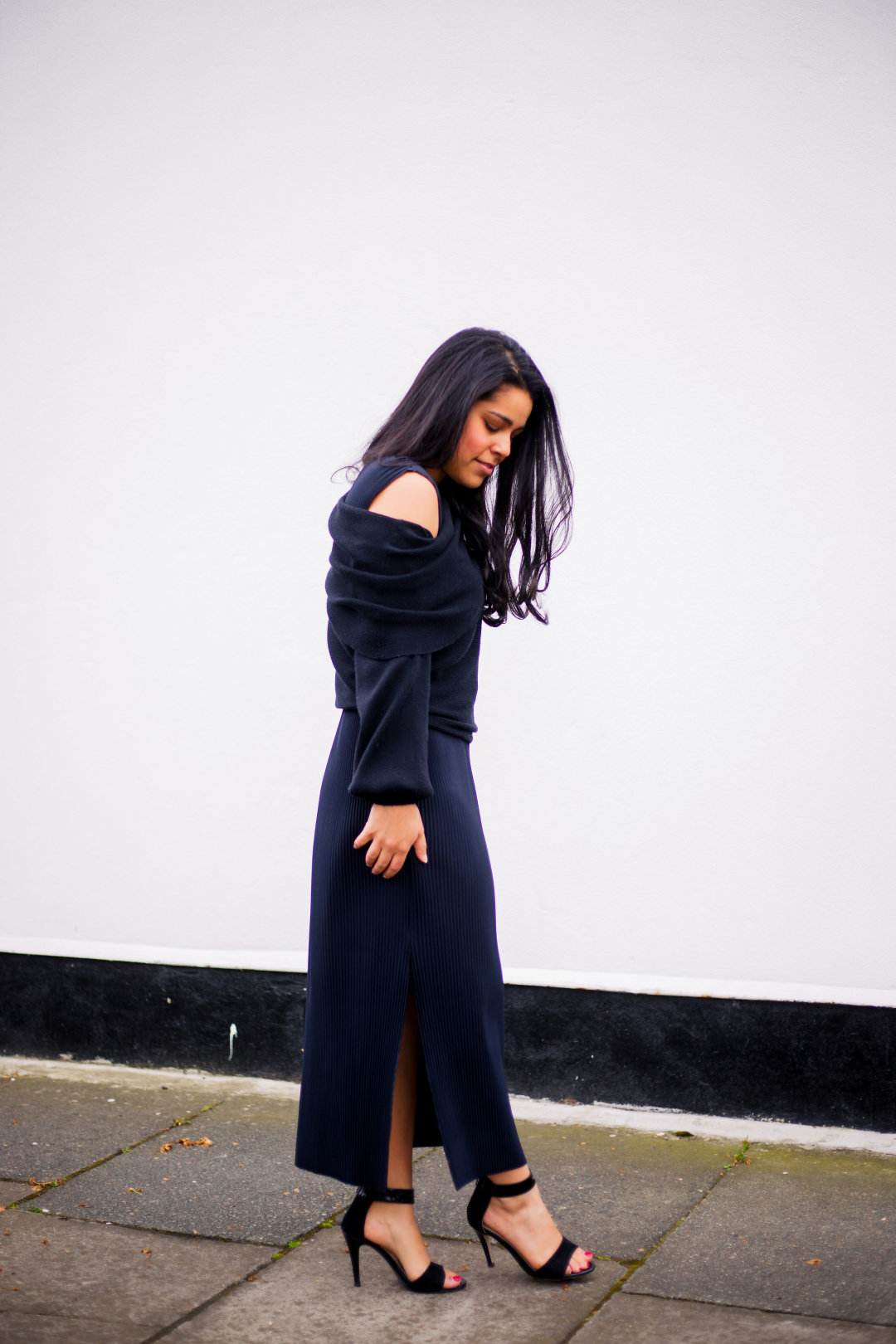 How To Wear A Sweater Over A Midi Dress